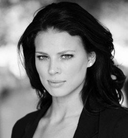Twinnie Lee Moore is currently appearing as Porsche McQueen in the Channel 4 soap opera, Hollyoaks