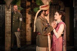 Rikki Lawton (Iago), Matthew Wade (Othello), Carlotta De Gregori (Desdemona).