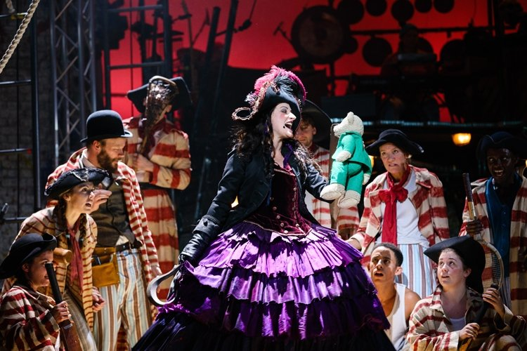 Captain Hook (Anna Francolini) and pirates, PETER PAN (c) Steve Tanner