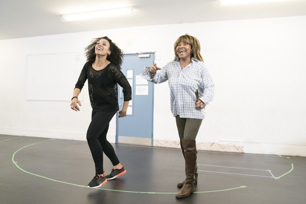 l-r Simone Mistry-Palmer (Associate Choreographer), Tina Turner. Photo by Johan Persson