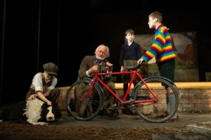 Goodnight Mister Tom with Arthur and Joe