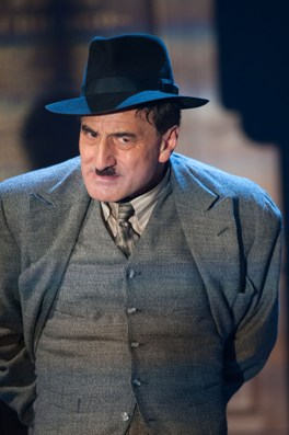 Henry Godoman (Arturo Ui). The Resistible Rise of Arturo Ui. Photo by Manuel Harlan.