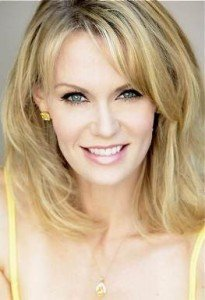 Leigh Zimmerman cast in Relative Values