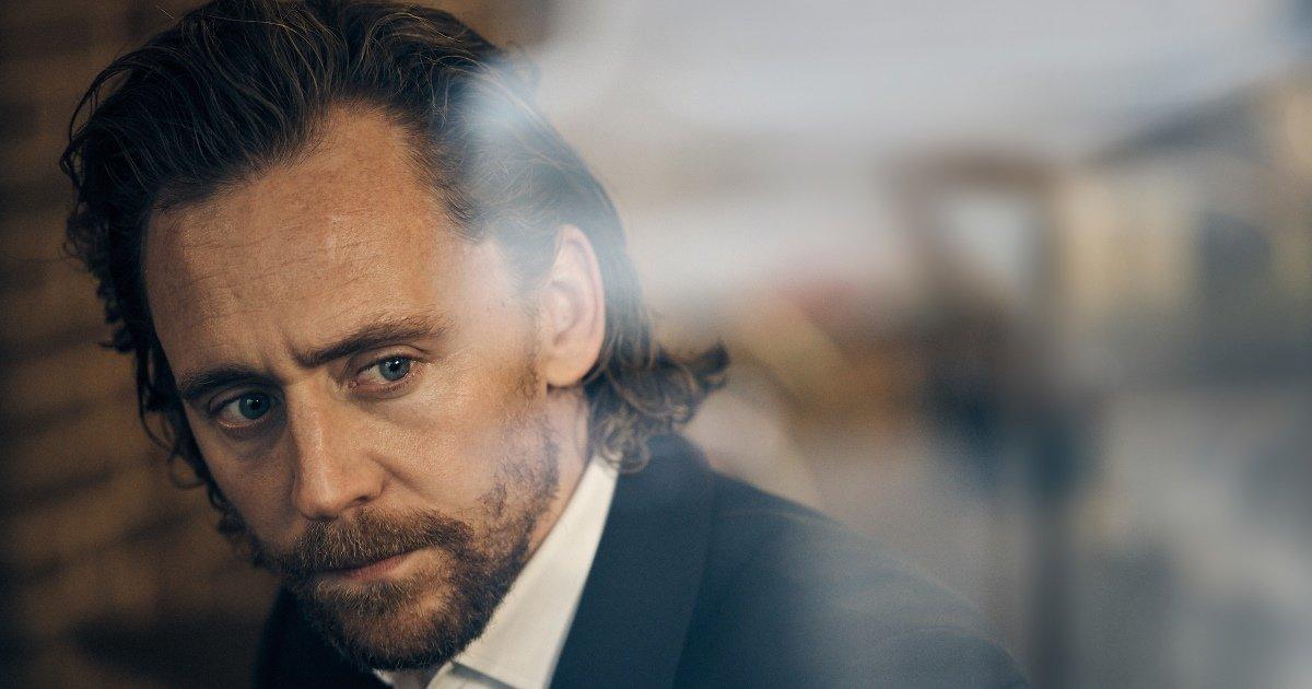 Tom Hiddleston - Betrayal. Photo credit Charlie Gray