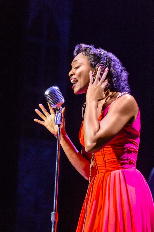 MEMPHIS Beverley Knight Felicia Farrell Photo credit Johan Persson