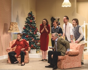 eason's Greetings by Alan Ayckbourn – Credit Mark Turner @MarkMakesPhotos