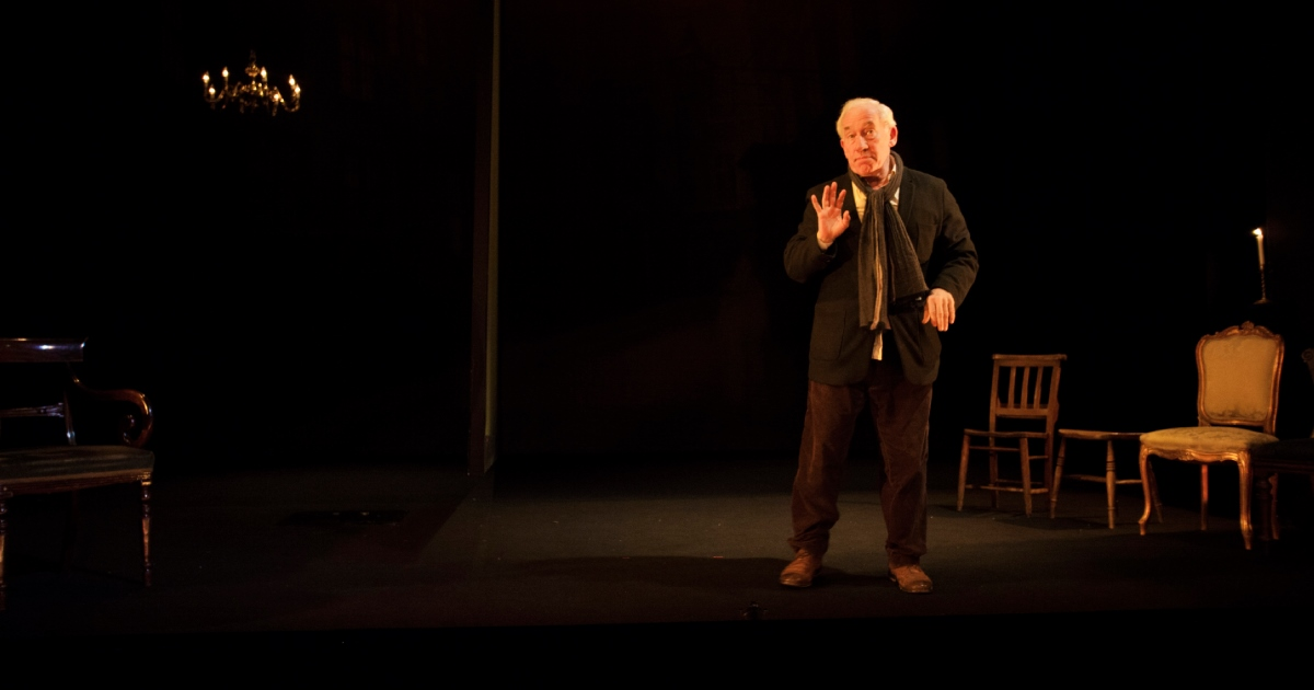 Simon Callow - A Christmas Carol - Arts Theatre - Photo By Laura Marie Linck