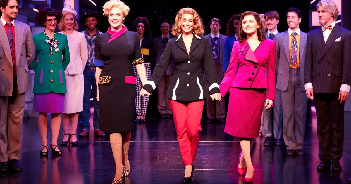 9 to 5 the Musical extends to 2020 at the Savoy Theatre