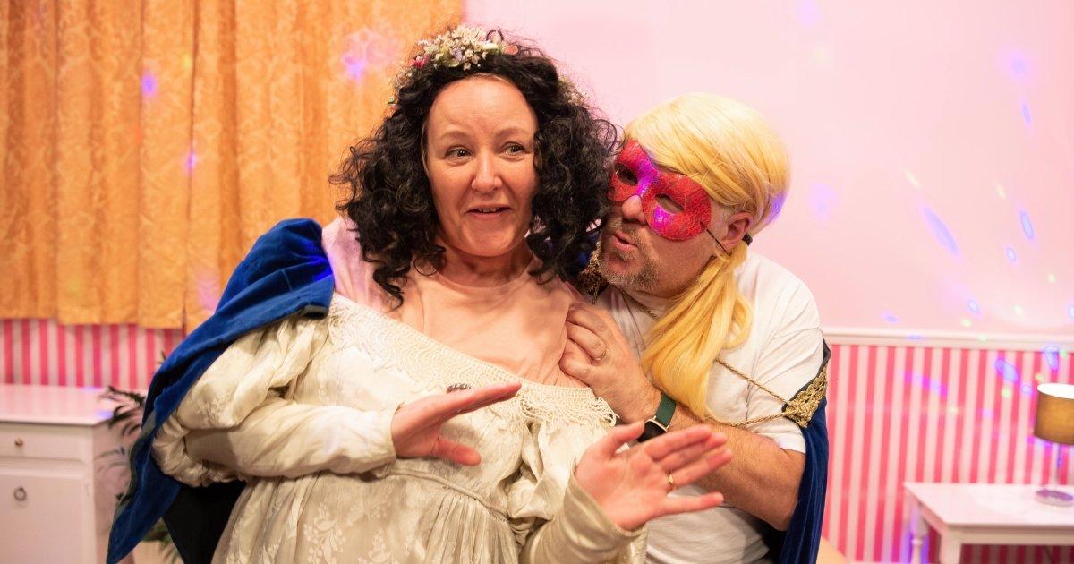 Joanne Seymour, David Nellist (Sharon 'n' Barry Do 'Romeo & Juliet'), Queen's Theatre)